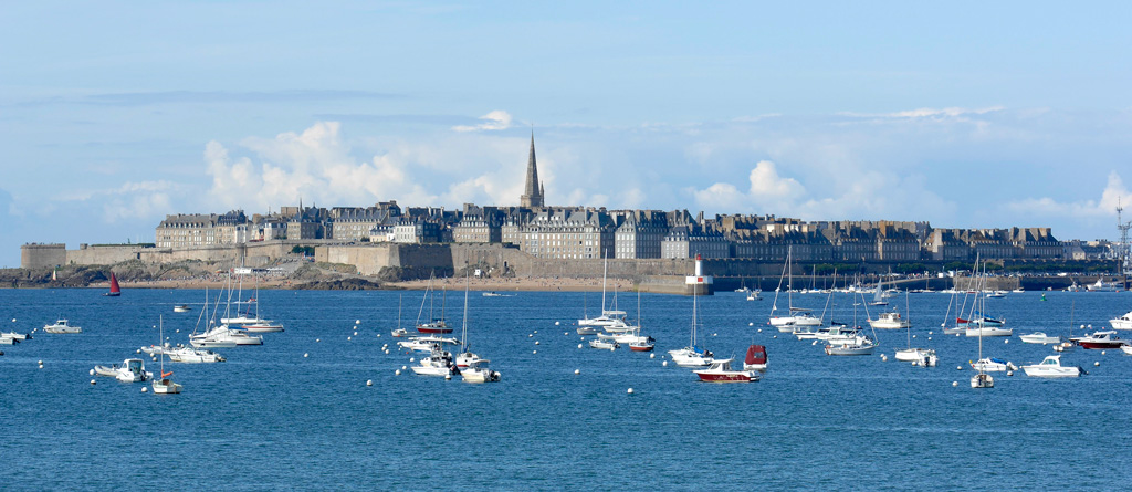 photo vue d'ensemble de ST Malo - vue de Dinard